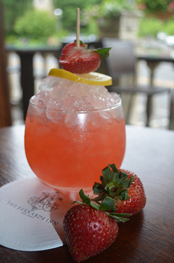 16 blog Strawberry cocktail